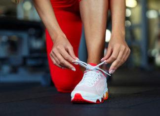 Stopa pronująca czy supinująca – jak dobrać odpowiednie buty do biegania?
