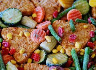 mrozone warzywa na patelni
