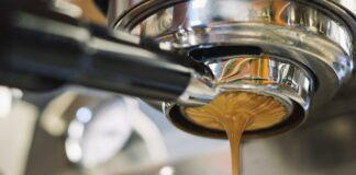 Kochasz kawę? Zadbaj o jakość wody w ekspresie!